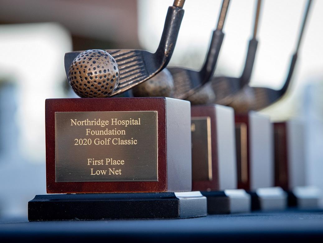 Golf 2020 trophy image